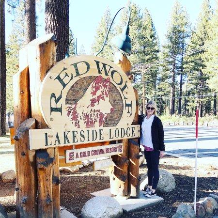 Tahoe Vista, CA: Front entrance sign