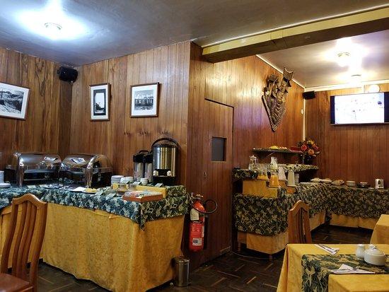 Los Andes De America Hotel: The breakfast buffet was fantastic!