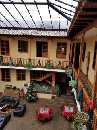 Los Andes De America Hotel: The lobby was dressed up for Christmas