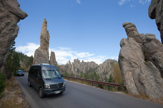Black Hills Tour Company