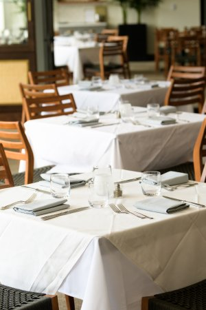Los Gatos, CA: Come dine with us!