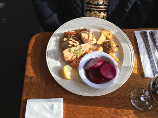 Lepage's Seafood & Grille: combo plate