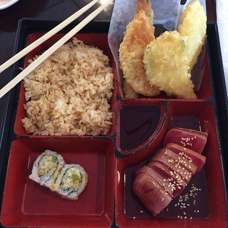 Saki Sushi: photo1.jpg