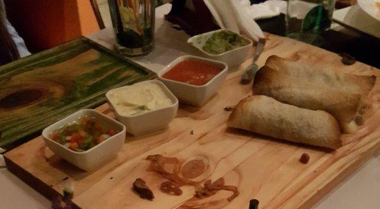Decoracion En Pared Picture Of Aniceto Coffee Bar Grill Salta