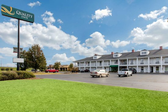 Quality Inn Scottsboro: Exterior