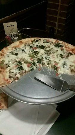 Raffaele's: Vegatarian Pizza