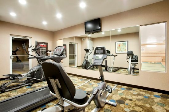 Le Roy, IL : Health club