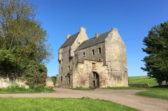 Full Day Small-Group Outlander Tour...