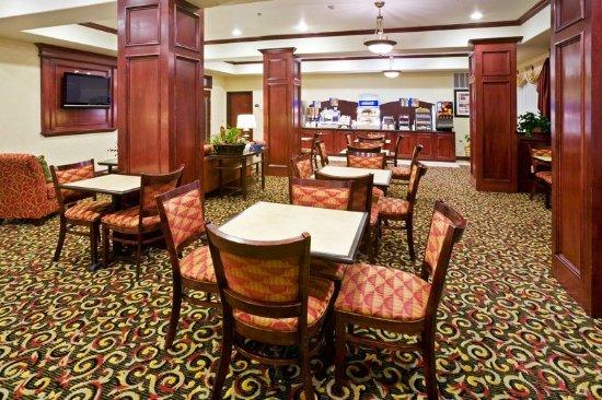 New Boston, TX: Restaurant