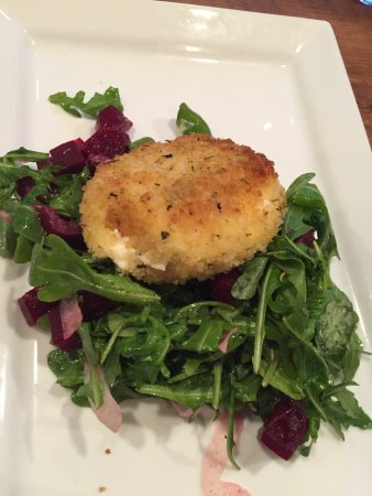 Channahon, IL: Fried Goat Cheese & Beet Salad