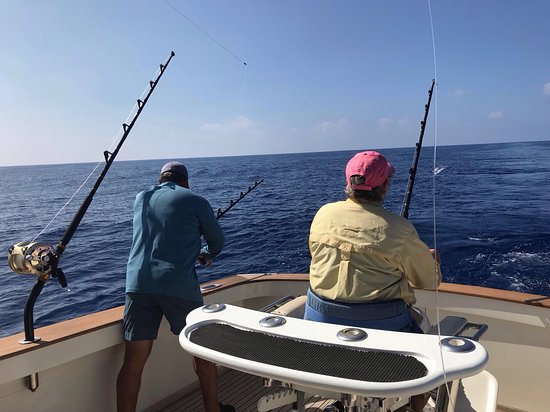 Huntress sport fishing kailua kona all you need to for Kona sport fishing