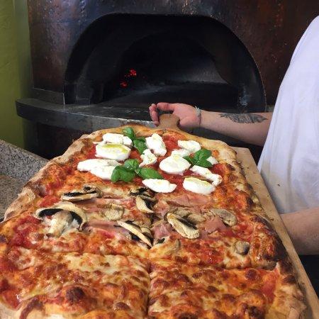 Bereguardo, อิตาลี: Pizza Alta digeribilità a lievitazione naturale