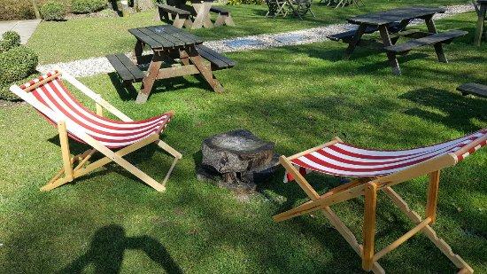 Birdlip, UK: Garden deck chairs