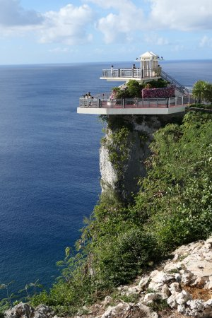 Two Lovers Point