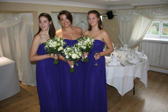 Nailsworth, UK: my gorgeous bridesmaids
