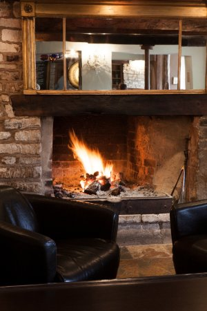 Nailsworth, UK: The Fire