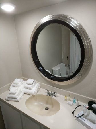 The Avalon Hotel and Conference Center: New Bathrooms