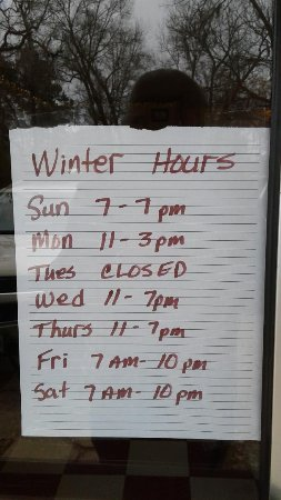 Uncertain, TX: New Hours