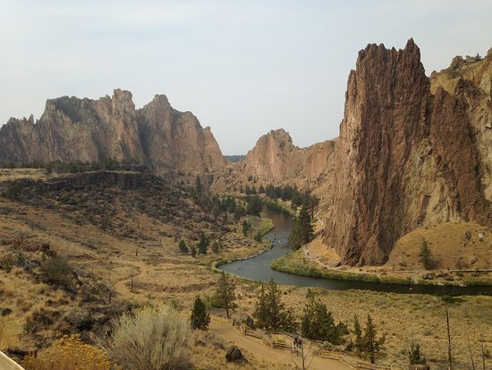 Smith Rock State Park: Looking at Smith Rock and the river, Monkey face in on the far side, out of view