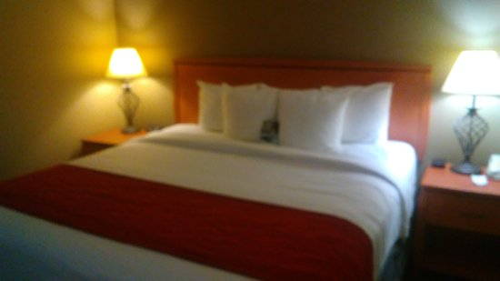 Goshen, NY: King Bed - room 302/King Suite