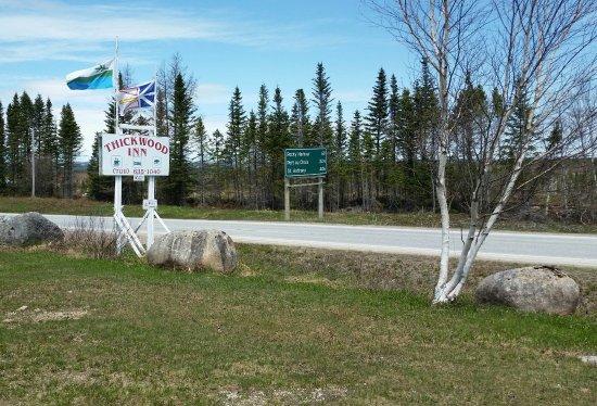 Cormack, Kanada: Road sign heading North on Viking Trail