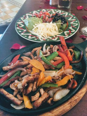 Majestic Colonial Punta Cana: Best Fajitas ever at Tainos