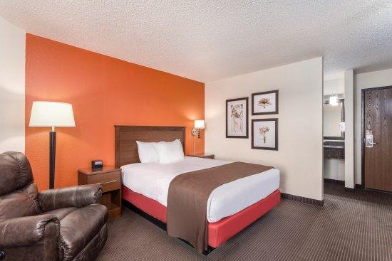 AmericInn Lodge & Suites Monroe Photo