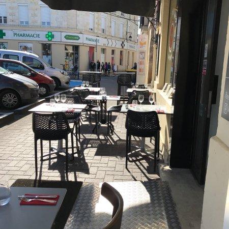Castelnau-de-Medoc, Francia: Le Chapon Fin