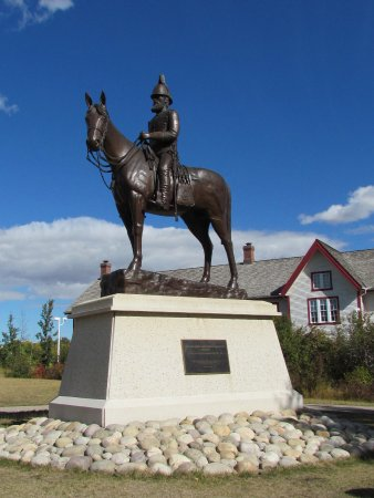 Fort Calgary: Statue of Assistant Commissioner James Macleod.