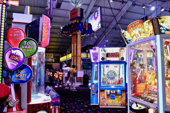 East Hanover, NJ: Arcade Games and Free Fall Ride