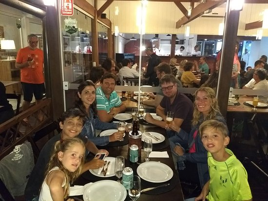 La Botte Pizzeria Italiana: Cena en La Botte con familia y amigos