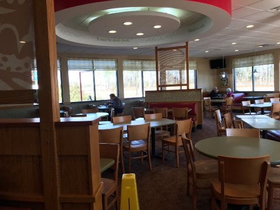 Havelock, Carolina del Norte: Interior dining area
