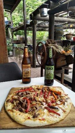 Roldan, Argentina: pizza picante