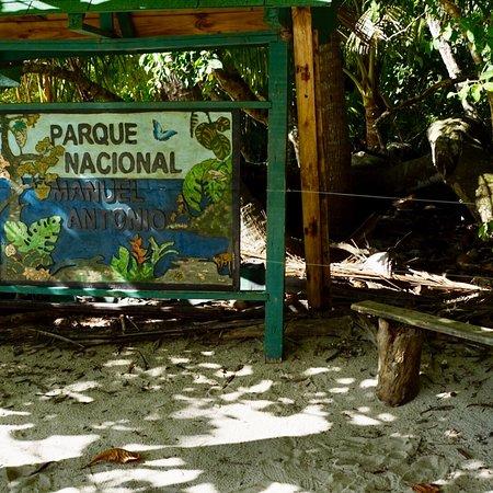 Playa Manuel Antonio: photo7.jpg