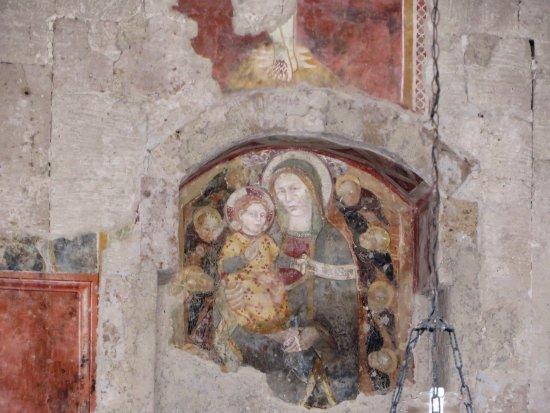 Onano, Italie : Particolare dell'affresco nella chiesetta della Madonna delle Grazie