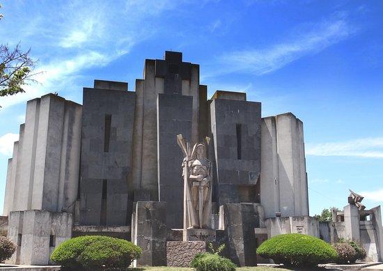Cementerio Unico de Azul
