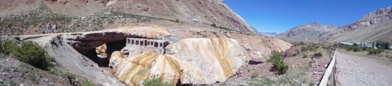 Las Cuevas, Argentinien: puente del inca