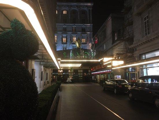 Iconic restaurant, but definitely not five star