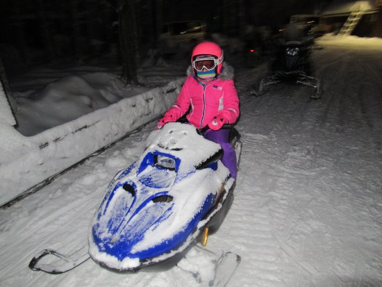 Kids mini snowmobile - Picture of Santa Claus Holiday Village