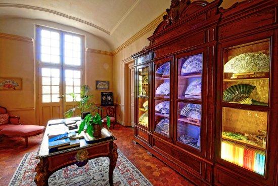 Chateau de Roussan: Beaux détails