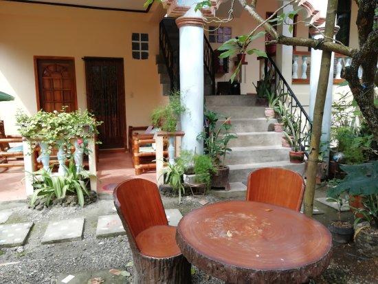 Ocean Breeze Inn Boracay : ground area