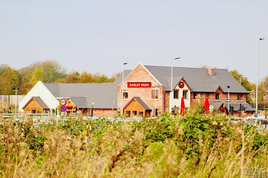 Barley Farm, Dining & Carvery: Full View!