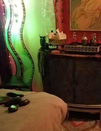 Eastsound, WA: exotic relaxing studio
