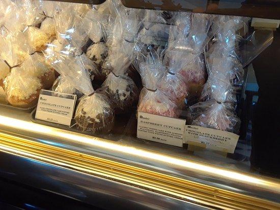 Daube's Cakes and Bakery: 20180117_145936_large.jpg