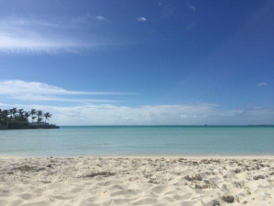 Calm & Relaxing... Taylor Bay Beach