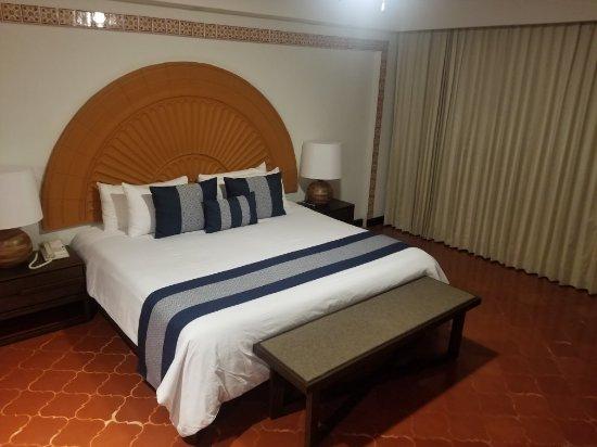 Costa Sur Resort & Spa: 20180107_193432_large.jpg