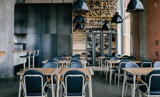 Hoogan et beaufort montreal restaurantanmeldelser for Salle a manger montreal restaurant