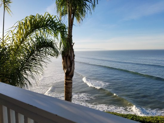 Pismo Lighthouse Suites: View from balcony of Room 3309
