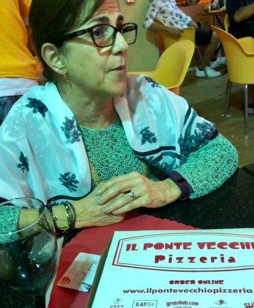Sunny Isles Beach, FL: Pizza Hawaiana sabrosa.