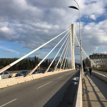 Millennium Bridge : Bridgey McBridgeface